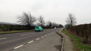 A6 southbound by Streatley