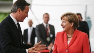 Cameron a Merkel