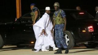 Yahya Jammeh aondoka Gambia, nakuacha hazina tupu