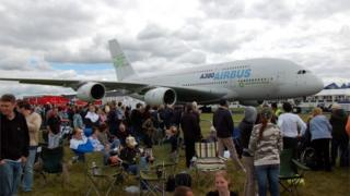 Airbus A380 - the world's largest jet airliner in the world at Farnborough in 2008