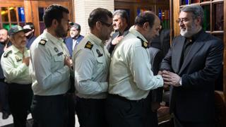 وزیر کشور ایران مطابق سنتی که در ایران جاری است، جانشین فرمانده کل قوا در نیروی انتظامی یا پلیس میشود.