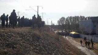 Фото з місця блокади потягів