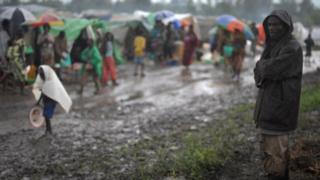 Une vingtaine de personnes sont également décédées, noyées, plus au Nord, dans le territoire de Beni.