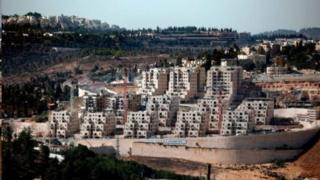 Израил Иерусалимдин чыгыш тарабында мыйзамсыз конуштарды куруп келет