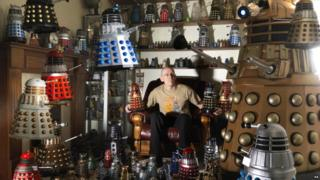 Dr Who superfan from Doncaster, Rob Hull, has set a world record after collecting 571 unique Dalek models.