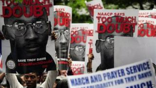 Campaigners fight to save Troy Davis