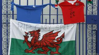 Tributes left for Gary Speed