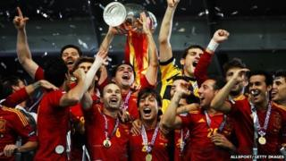 Spain with the Euro 2012 trophy