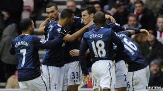 Tottenham Hotspur players celebrate.
