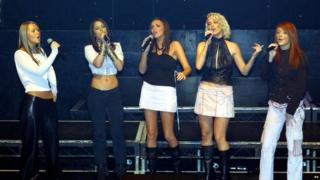 Girls Aloud perform in public for the first time