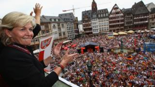 "Head coach Silvia Neid of Germany celebrates winning the UEFA Women""s EURO 2013 on the balcony of the Roemer on July 29, 2013 in Frankfurt am Main, Germany"