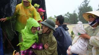 Evacuation in central province of Quang Nam, Vietnam. 9 Nov 2013