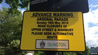 Arsenal parade sign