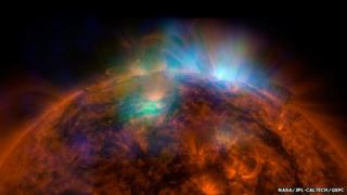 Xray radiation flaring on the surface of the Sun