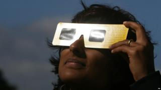 Observing the eclipse with special solar filters