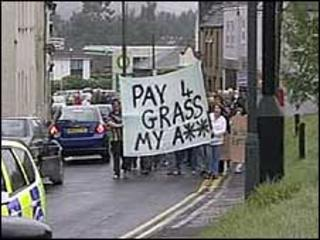 Grass cutting protest in Cinderford