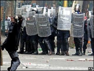 Riots in Genoa in 2001