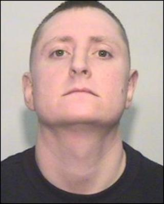 Michael O'Donnell, escaped prisoner