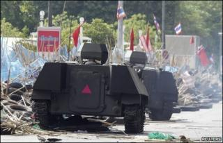 Armoured car drives over barricade in Bangkok on 19 May 2010
