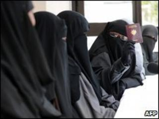 Veiled Muslim women attend a meeting in Montreuil, outside Paris, 18 May