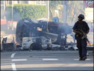 Police patrol in Kingston. Photo: 24 May 2010