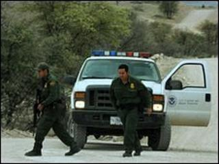 US border patrol agents - file picture