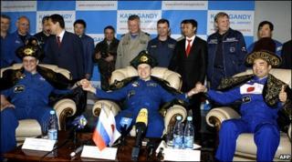 Astronauts land in Kazakhstan