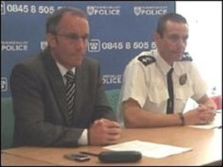 Det Supt Rob Mason (left) and Ch Insp Simon Bowden