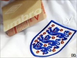 fake England shirt