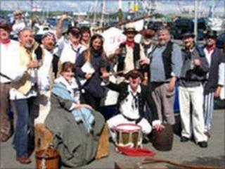 Sea Shanty performer in 2008