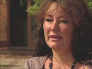 Lorraine Elliot