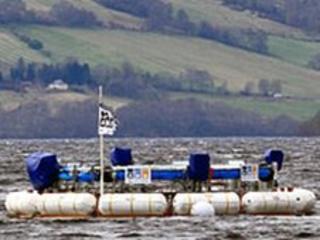 AWS-III on Loch Ness