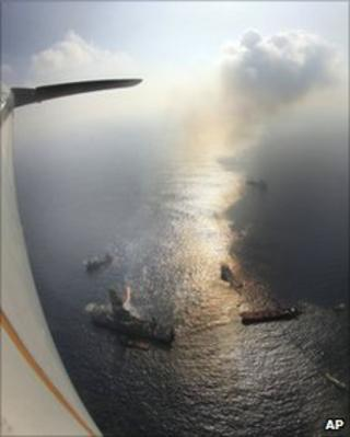 An aerial view of the work to recover oil from the Deepwater accident site, 9 June