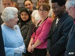 Queen with civil service staff