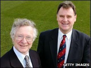 Frank Duckworth (l) and Tony Lewis