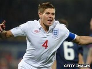 Steven Gerrard celebrates his goal
