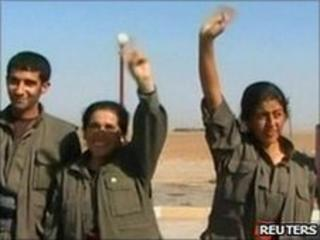 Kurdish rebels near Iraq's border with Turkey, 19 October 2009
