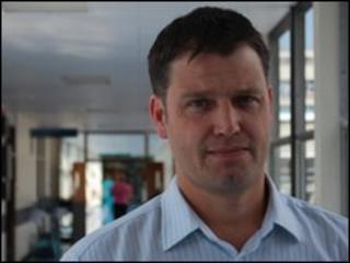 Dr Stephen Hood