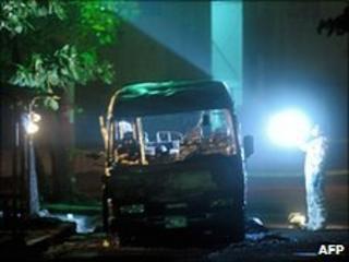 Torched bus in Mejicanos, near San Salvador, on 20/6/2010