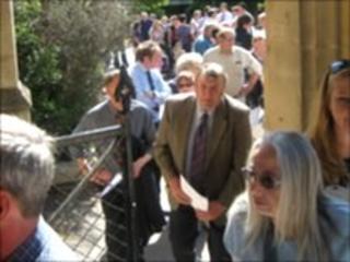 Farmers queue outside County Hall, Taunton