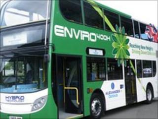 Enviro 400 H hybrid bus
