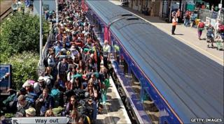 Crowds been arriving at Castle Cary station