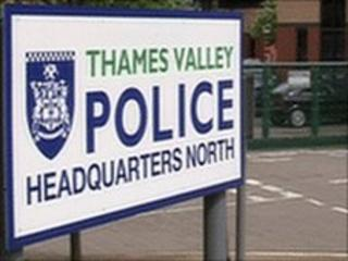 Thames Valley Police sign