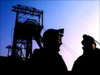Miners at colliery (generic)