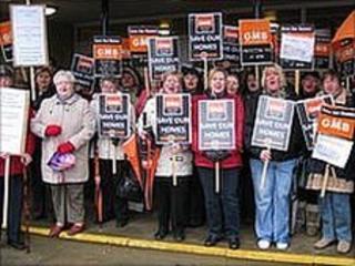 Care closure protest