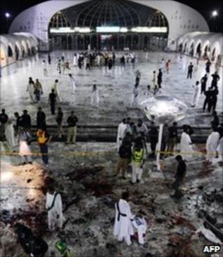 Data Darbar shrine after attacks 1/7/2010