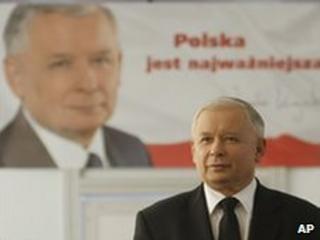 Jaroslaw Kaczynski in Warsaw, 1 July 2010