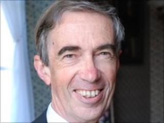 Prof Noel Lloyd