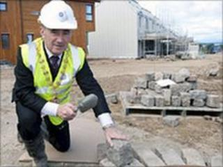 Inverness Provost Jimmy Gray with cobbles. Image: Highland Council