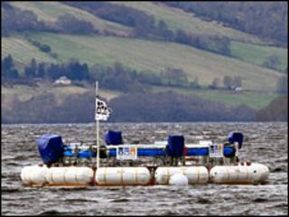 Doughnut device on Loch Ness